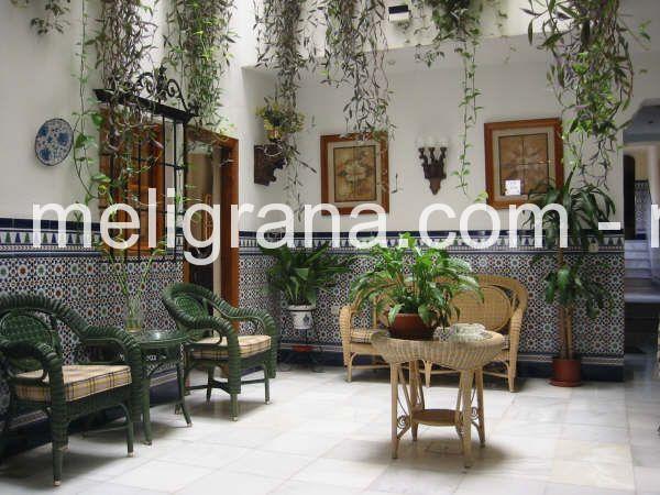 hostal jardines en granada centro