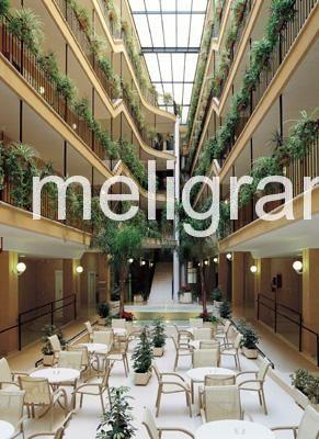 Hotel apartamentos nh jardines de turia en burjassot for Hotel nh jardines del turia